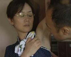 熟女の不倫無料人妻動画。             【ヘンリー塚本】腋毛の生えたブサカワ熟女と不倫【熟女】