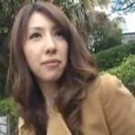【人妻ナンパ】出会い系で知り合ったアラフォー美人妻と即席AV撮影会【顔射】