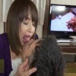 【熟女】オナニー中の友達の母に遭遇!無理矢理チンポを食べられちゃった僕【中出し】