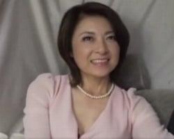 【熟妻ナンパ】街で見かけた品ある四十路熟女 3年ぶりの生チンポに中イキ連発