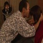 【人妻レイプ】「お願い!アナタ見ないで!」夫の目の前で三日三晩義父に犯され続ける【NTR】