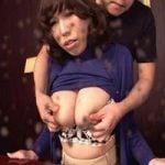 【熟女】フェチ動画 絞れば絞るほど母乳吹き出す三十路のミルクタンク