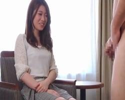 【人妻】美人妻たちのセンズリ鑑賞と手コキ抜き