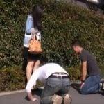 【人妻ナンパ】「奥さんオナシャス!!」通行人がいても関係なし!困ったときは土下座で無理くり口説き倒す【中出し】