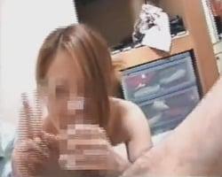 【個人撮影】おしゃぶり中でもカメラ目線でチョリ~~~ッス☆34歳になっても昔の癖が抜けない元ヤンおばさんは喧嘩よりも珍棒好き!【熟女】
