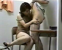 【個人撮影】進路相談と称して保護者と情事を重ねていた某進学塾経営者の秘蔵ビデオ【熟妻】