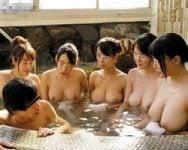 【人妻】たった一人で行く羽目になった寂しい温泉旅行が一転!偶然に偶然が重なって巨乳妻たちから一方的に痴女られるハーレム状態にwww