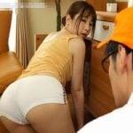 【人妻】夫が性的不能になって以降、人妻の性欲が大爆発!清掃業者から配達員まで、自宅を訪れる男を端から誘惑し始めた! 佐々木あき