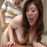 【近親相姦】巨乳!爆尻!肉感たっぷりエロボディ!息子の性欲を刺激する美しい母の卑猥な身体 西山あさひ