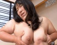 【熟妻】初撮り四十路 汗だくで揺れる乳房と巨躯!稀代のダイナマイトボディ妻が魅せる超重量級肉弾SEX!【中出し】