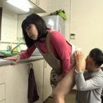 【人妻】巷で話題の家政婦宅配サービスでやって来たのはドMの美人妻!チンポで突くたび激イキ痙攣絶頂を連発!
