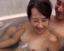 【完熟】主人はクンニと手マンだけなので…SEXはやはり挿れてほしいのです SEXに強い憧れを抱く六十路熟女が決意のAVデビュー!【中出し】