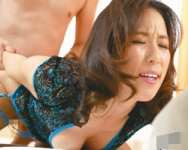 【熟妻】「お願い、もうイかせてっ!」延々続く寸止めに極限まで高まる感度!圧縮された肉欲が一気に噴出して痙攣絶頂する四十路妻