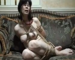 【個人撮影】ブタ奴隷妻 弥生の調教記録【熟妻】