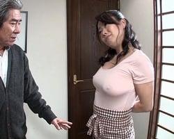ウチの女房はいつもブラを付けずに出掛けるウッカリさん!服に透けるプックリB地区のせいでいつも悪い男たちに言い寄られてしまいます…
