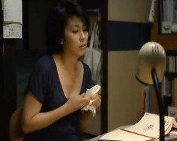【芸能人】マン汁の付いた手をフキフキ… 松たか子が映画で魅せた自慰シーン!プライベートSEXでもこんな顔して感じてるのかと妄想するとチン勃起が止まらねぇぇぇぇ!