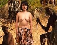 性欲は簡単に国境を越えるwww四十路のベテラン看護師が奉仕の心で原住民の童貞青年を筆おろし