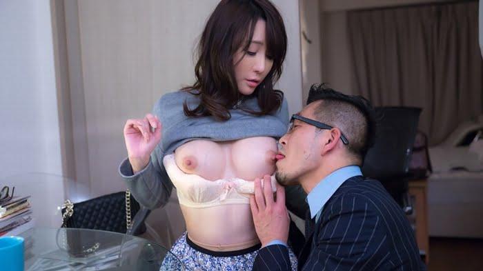 【熟女ナンパ】酒に酔ってベロベロになった熟女を介抱すると見せかけてホテルにお持ち帰り! その3