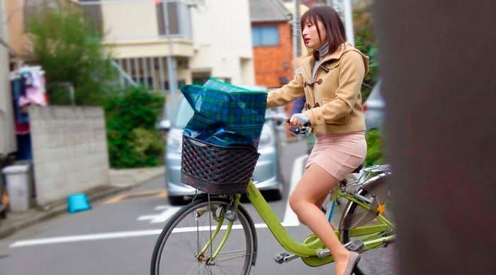 【人妻】巨尻ママチャリ妻を自転車に乗せたまま突然プリケツずる剥きドカ突きピストン! その1