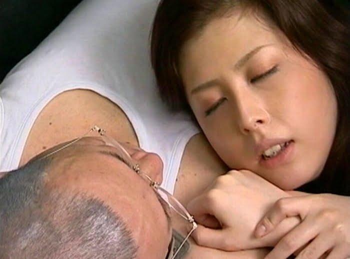 夫に隠れ主治医との不貞交尾を楽しむ四十路熟女 その17