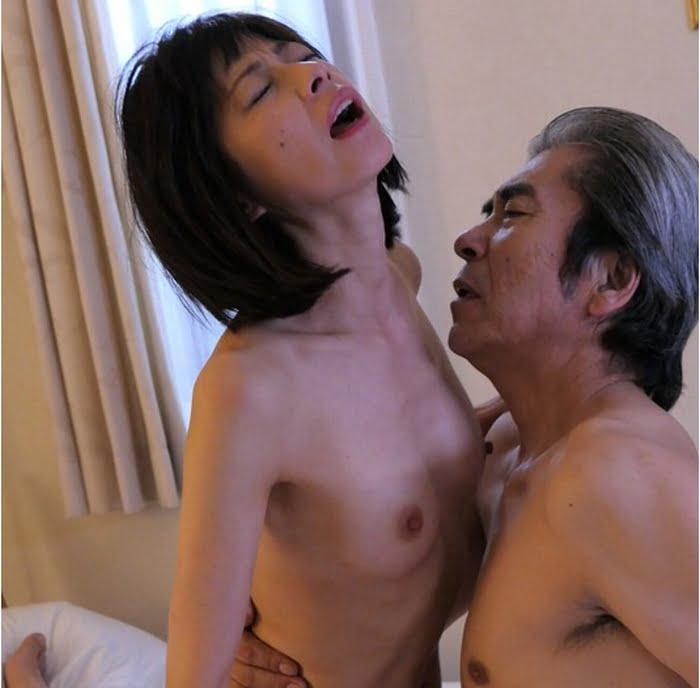 性欲を拗らせた四十路熟女は息子との近親相姦に快楽堕ちする その17