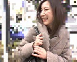 【熟女ナンパ】『もうダメぇ…』SEXご無沙汰五十路女を狙い撃ち!久し振りにオマンコ突かれた熟女がアヘ顔連発!